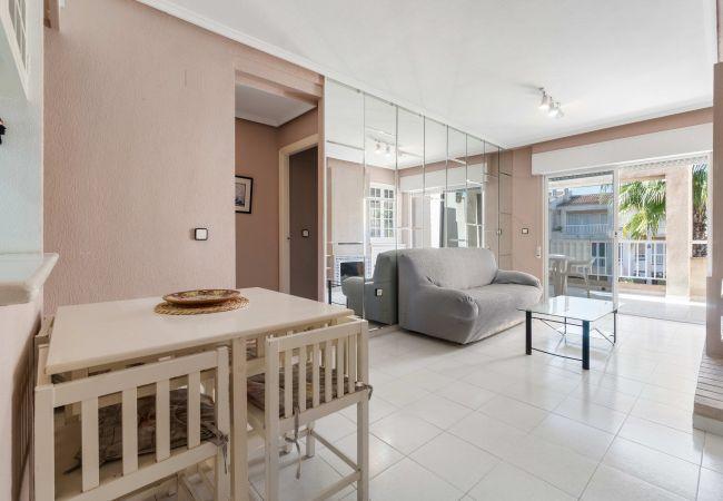Apartamento en Torrevieja - Fucsia LT
