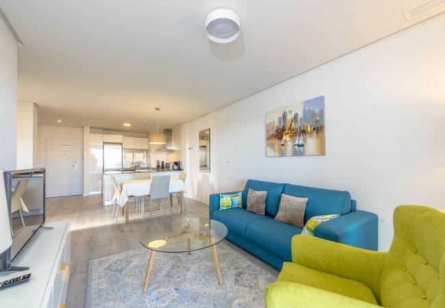 Moderno apartamento completamente equipado